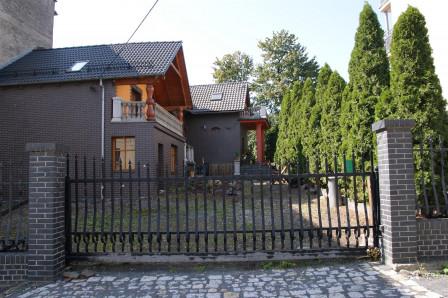 dom wolnostojący, 6 pokoi Głubczyce, ul. Warszawska