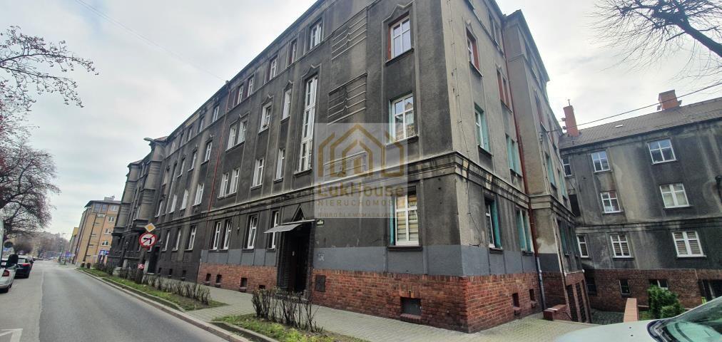 Mieszkanie 3-pokojowe Bytom, ul. ks. Franciszka Nawrota