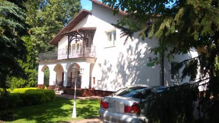 dom wolnostojący, 8 pokoi Milanówek Chrzanów, ul. Wojska Polskiego 52