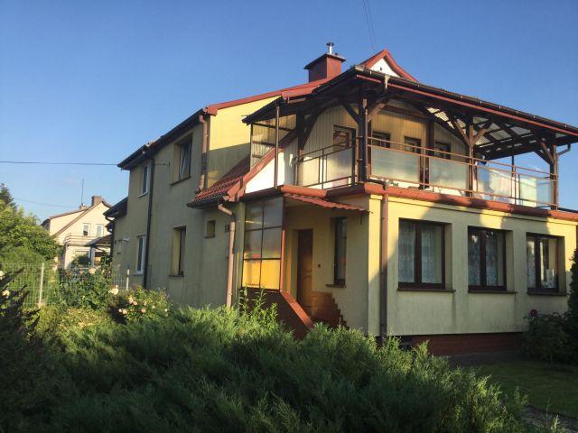 bliźniak, 5 pokoi Starachowice Centrum, ul. Partyzantów 18
