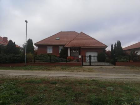 dom wolnostojący, 5 pokoi Ośno Lubuskie, ul. Piaskowa