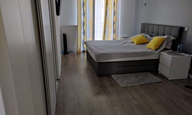 segmentowiec, 4 pokoje Kobyłka