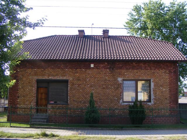 dom wolnostojący, 5 pokoi Siewierz, ul. Bohaterów 4