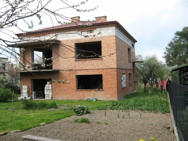 dom wolnostojący, 4 pokoje Krosno Bursaki, ul. Szarych Szeregów
