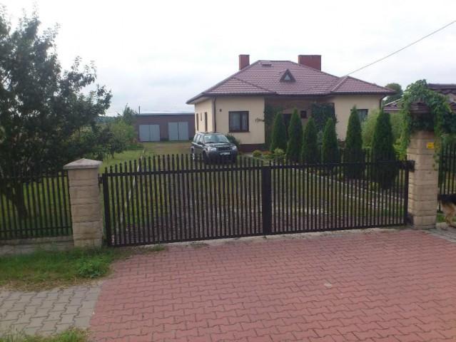dom wolnostojący, 6 pokoi Żytno