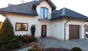 dom wolnostojący, 5 pokoi Koluszki, ul. Rynek 2
