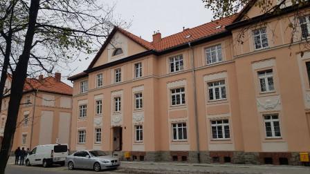 Mieszkanie 3-pokojowe Dzierżoniów, ul. Kolejowa 7