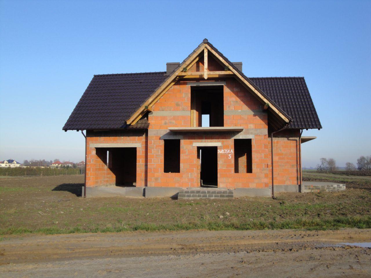 dom wolnostojący, 6 pokoi Gortatowo, ul. Swojska 5