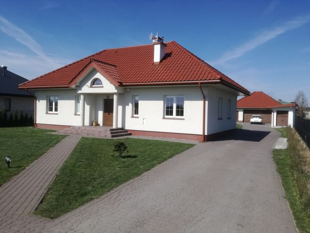 dom wolnostojący, 5 pokoi Siedlce Piaski Zamiejskie, ul. Stodolna
