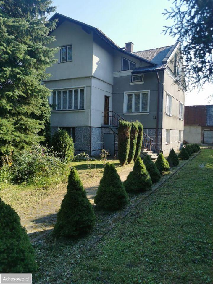 dom, 9 pokoi Jedlicze, ul. Topolowa