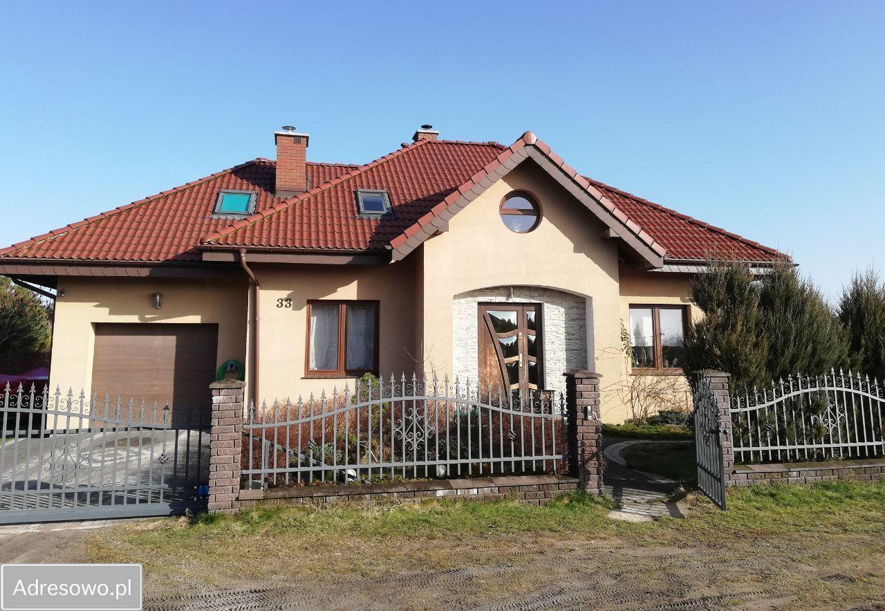 dom, 4 pokoje Dywity