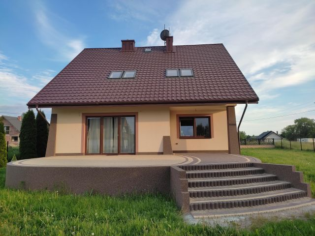 dom wolnostojący, 6 pokoi Mokra Wieś Zalesie