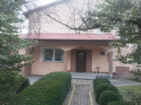 dom wolnostojący, 6 pokoi Piaseczno Gołków-Letnisko, ul. Gwalberta 7A