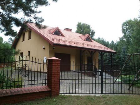 dom wolnostojący, 5 pokoi Krasnobród