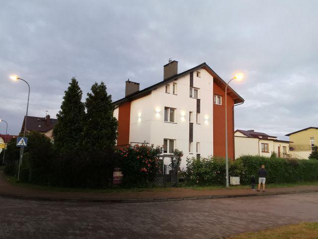 dom wolnostojący, 10 pokoi Karwia, ul. Miła