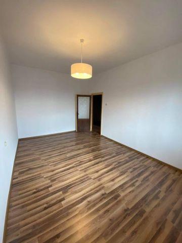 Mieszkanie 3-pokojowe Kraków Wzgórza Krzesławickie, ul. Glinik