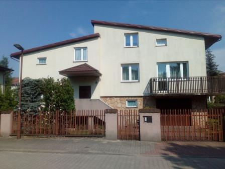 dom wolnostojący, 6 pokoi Bełchatów, ul. Jesionowa 9