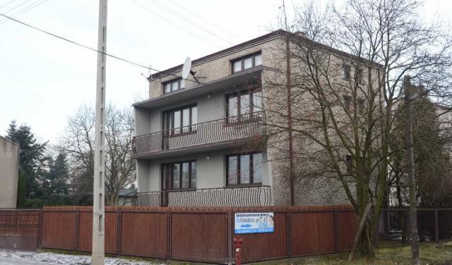 dom wolnostojący, 5 pokoi Radomsko