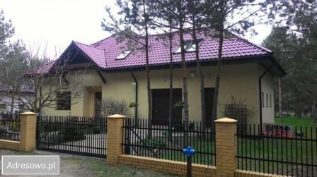 dom wolnostojący, 4 pokoje Osiek nad Wisłą, ul. Nad Wisłą 8