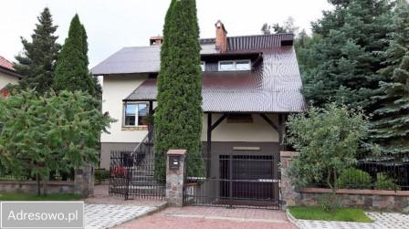 dom wolnostojący, 7 pokoi Wejherowo, ul. Złota