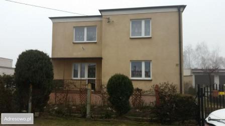 dom wolnostojący, 4 pokoje Unisław, ul. Osiedlowa